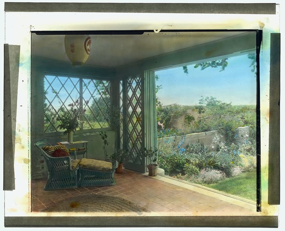Photograph by Frances Benjamin Johnston of Grey Gardens, Robert Cramer Hill house, East Hampton, NY. Sun-room overlooking walled garden. ca1916 Library of Congress. ppmsca 21830   http://hdl.loc.gov/loc.pnp/ppmsca.21830