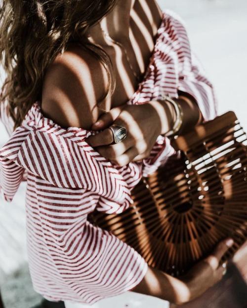 fashionstripedshirt.jpg