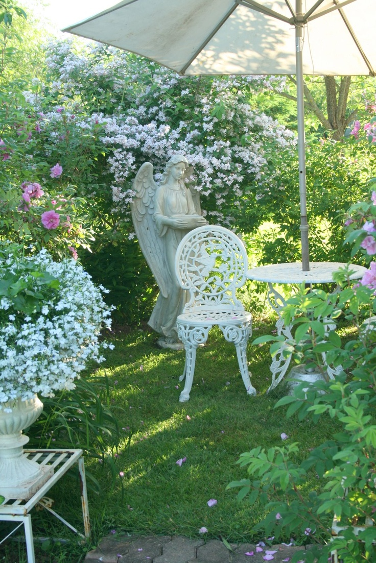 4c88afcbfd6d2ac11d55a12de5816633--house-gardens-cottage-gardens.jpg