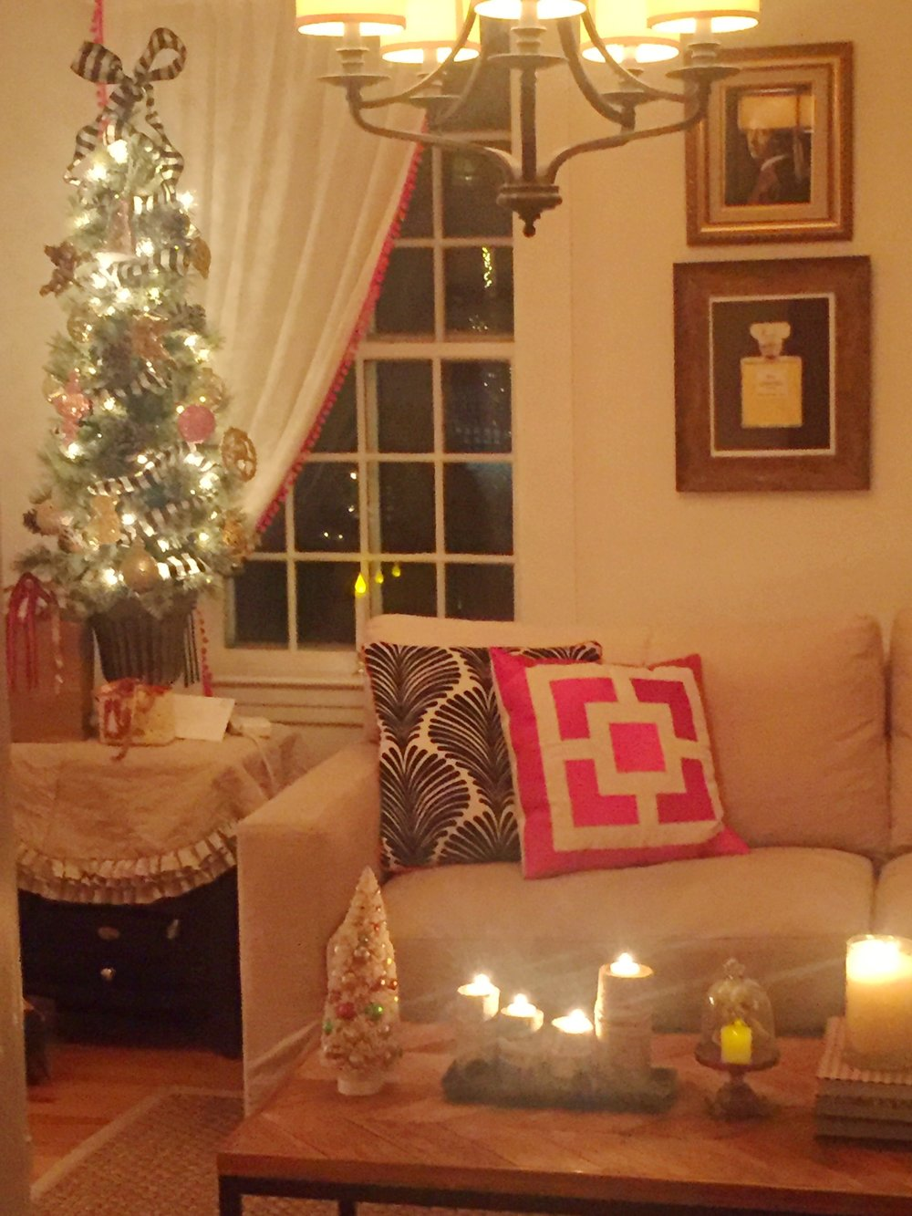 interior-stylist_christmas_pink_debby_lee_anderson.jpg