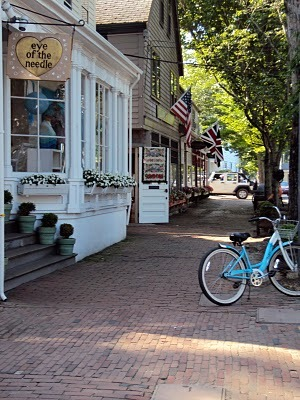 travel_writer_nantucket_town_debby_lee_anderson.jpg