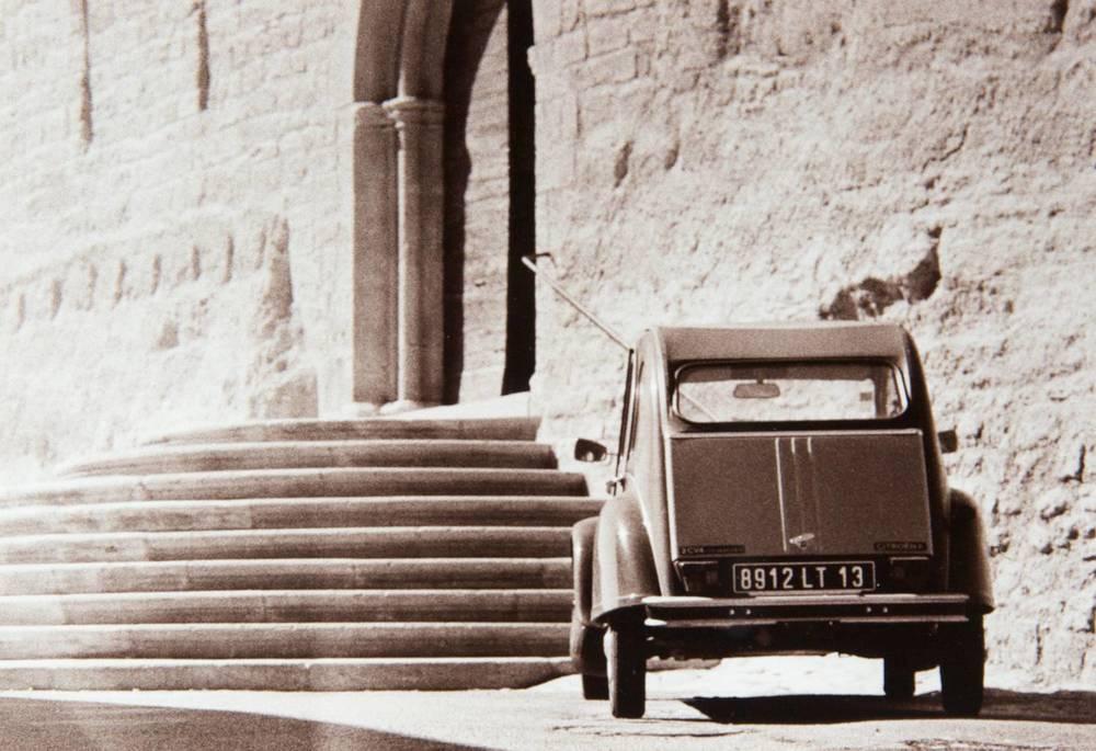 Car (Ansouis, France)