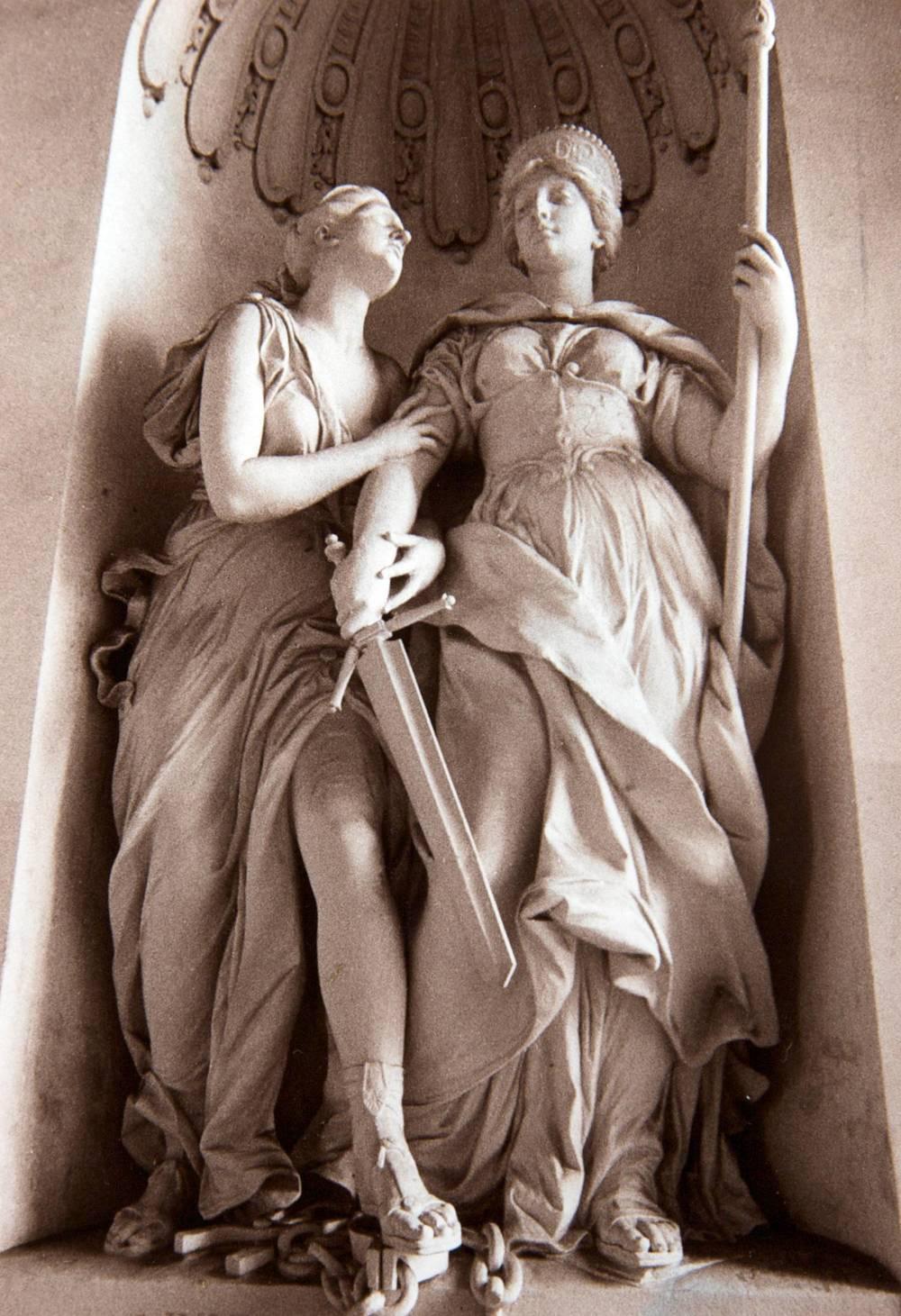 Vienna Statues (Austria)