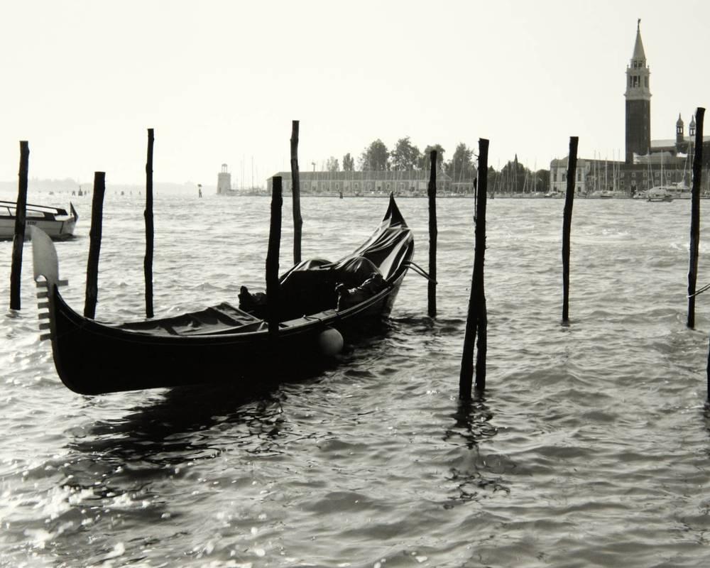 Gondola (Venice, Italy)