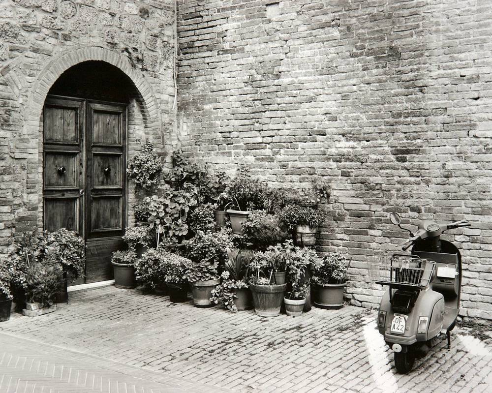 San Gimignano Housefront (Italy)
