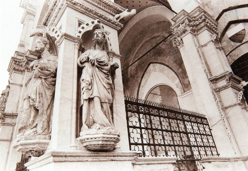 Siena Statues (Italy)