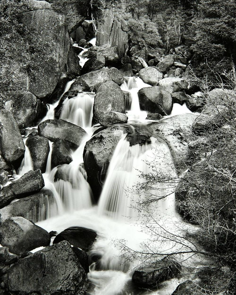 Cascade Creek Falls (Yosemite National Park)