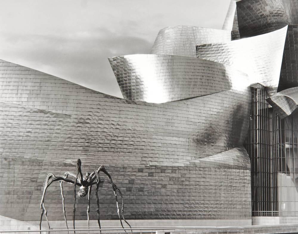 Maman at the Guggenheim (Bilbao, Spain)