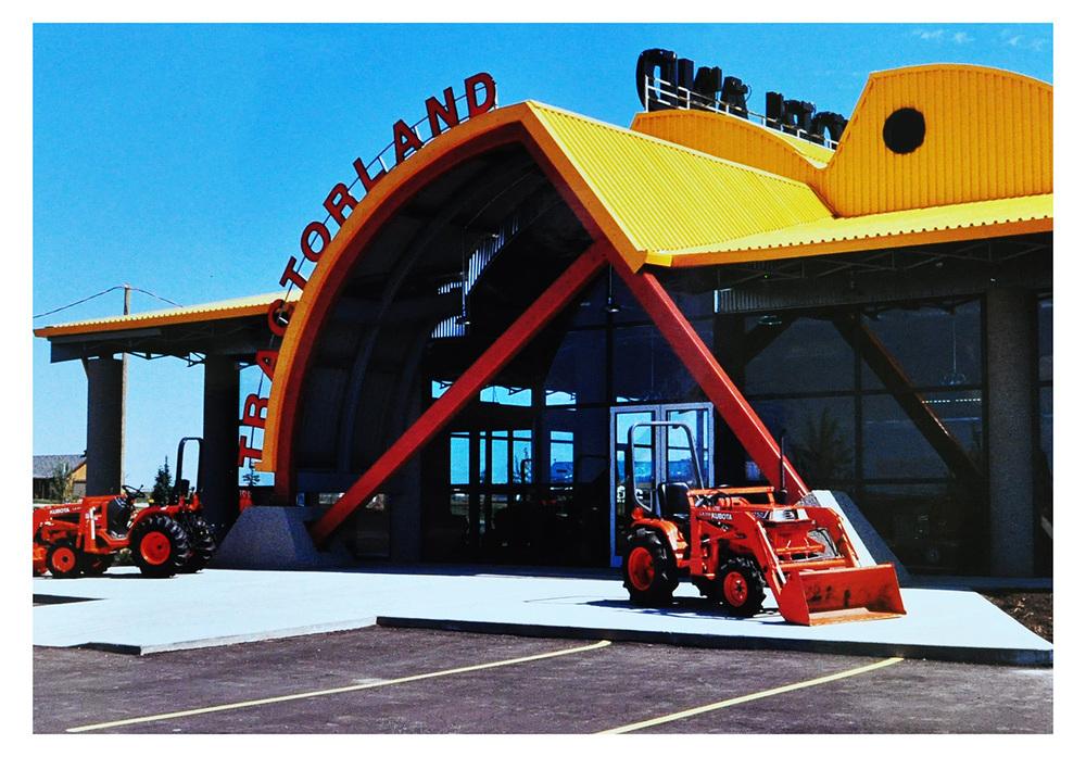 tractorland_02.jpg