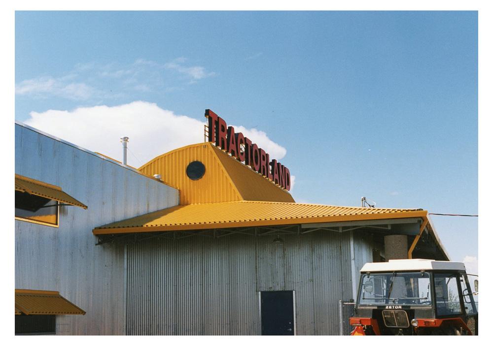 tractorland_15.jpg