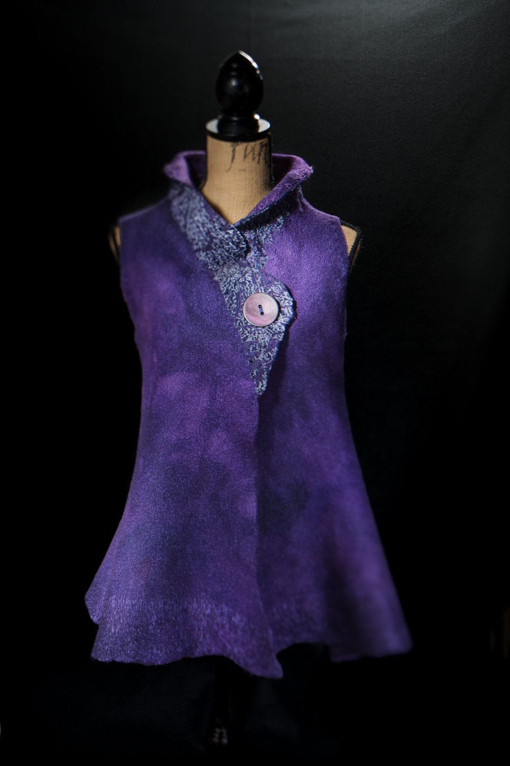 Vest with a velvet collar