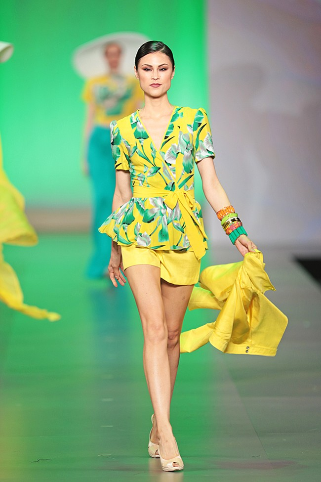 FIDM_YellowDress_F032115A-0072_web_t670.jpg