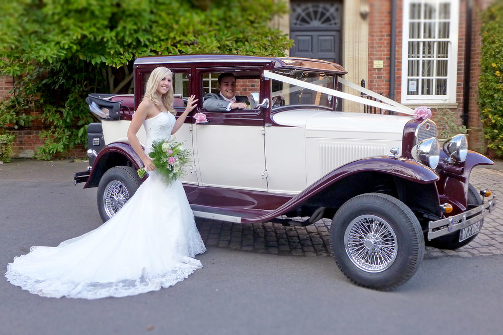 Our Promise - At Married In Style Wedding Cars we are committed to offering you the very best price for your wedding day car hire.The price you see is what you pay, there are no hidden fees or charges. It doesn't matter if your wedding is in Leicester or Leicestershire, Coventry or Warwickshire as long as it's in our coverage area.