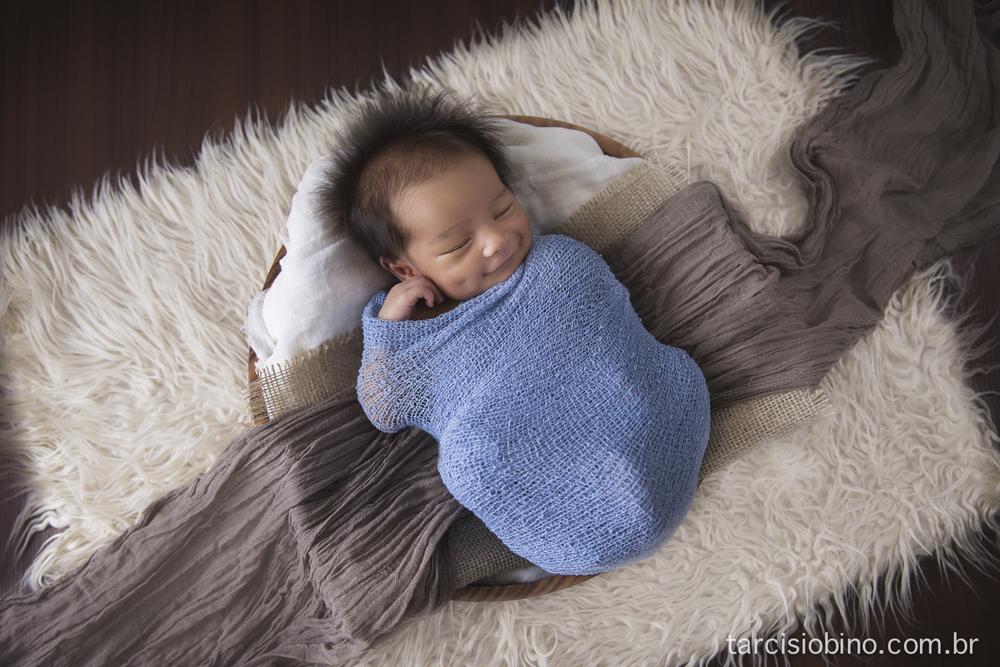 140830-Newborn-Pedro-0013-final.jpg