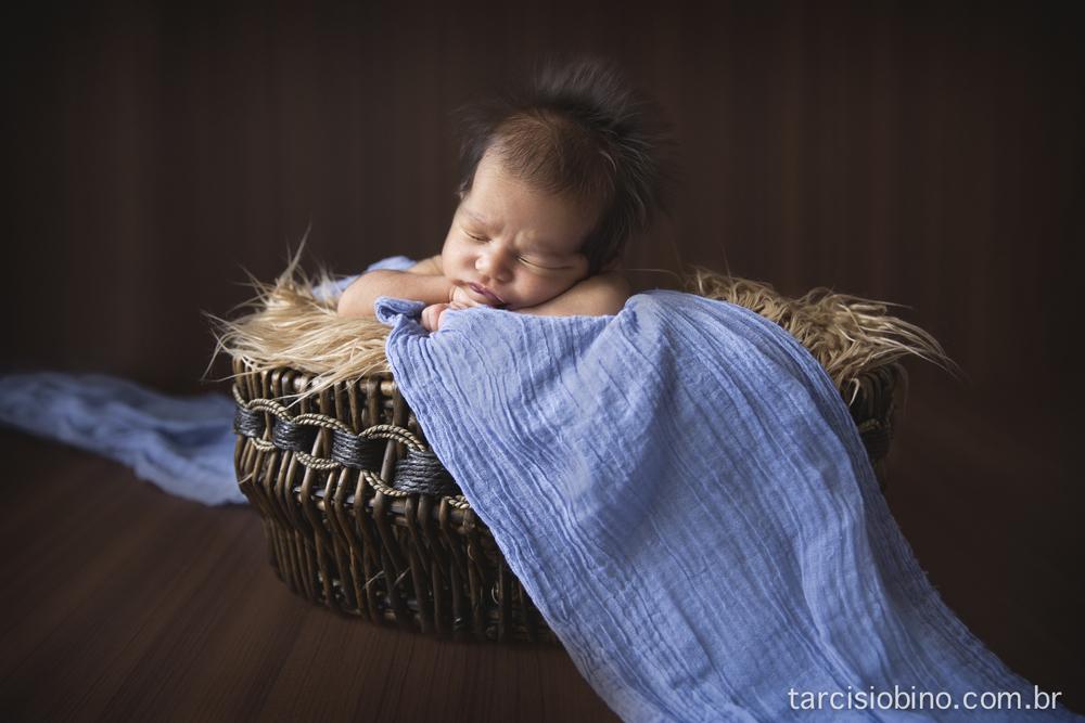 140830-Newborn-Pedro-0068-final.jpg