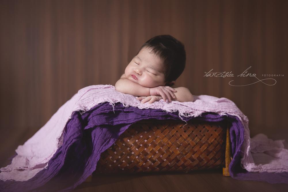 141026-Newborn-Valentina-0063-final-final.jpg
