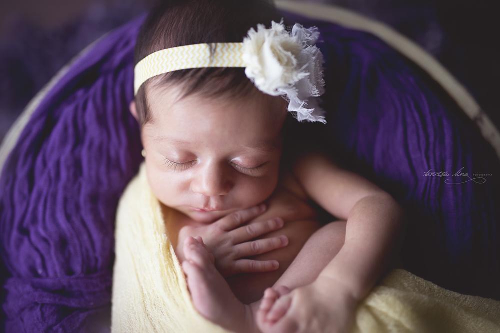 150212-Newborn-MariaPaula-0080-final-final.jpg