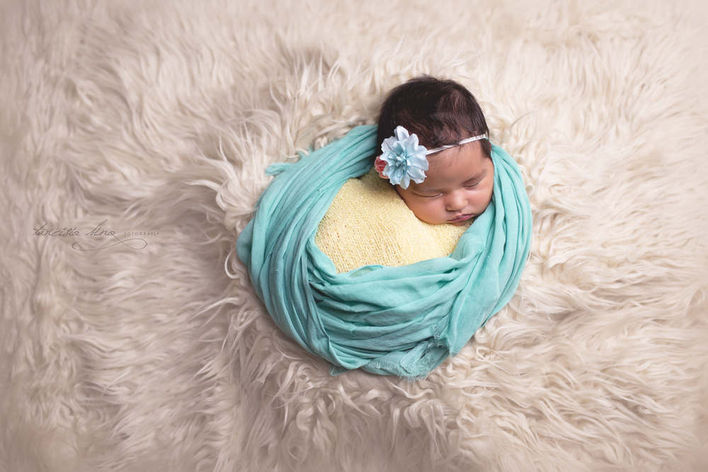 150227-Newborn-Alice-0057-final-final.jpg