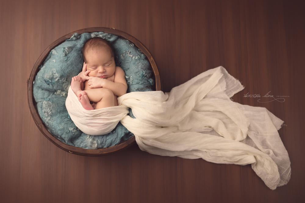 150313-Newborn-Davi-0235-final-final.jpg