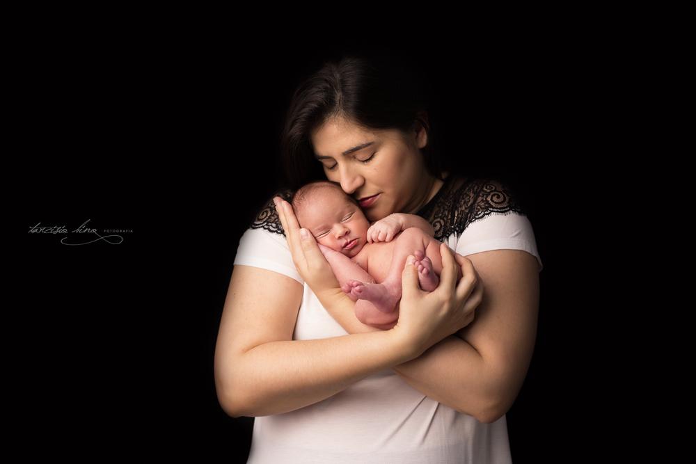 150313-Newborn-Davi-0319-final-final.jpg