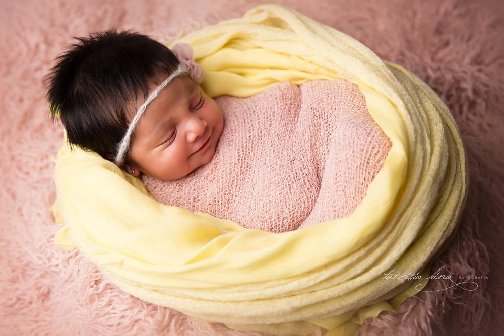 150401-Newborn-Julia-0047-final-final.jpg