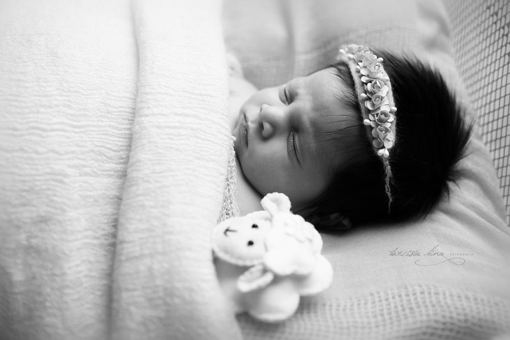 150401-Newborn-Julia-0084-final-final.jpg