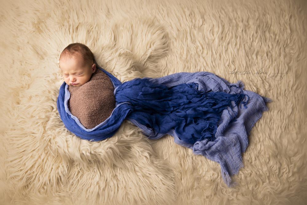 150410-Newborn-Antonio-0017-final-final.jpg