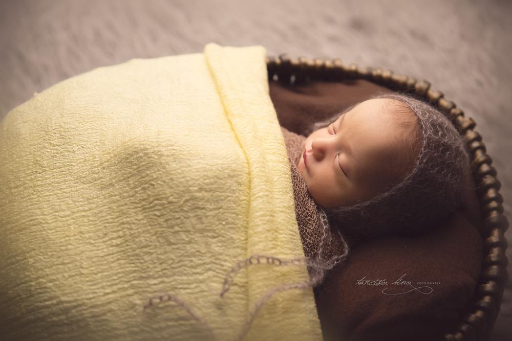 150410-Newborn-Antonio-0087-final-final.jpg