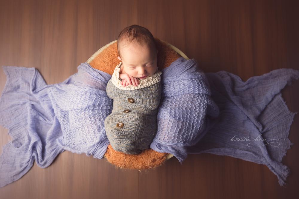 150410-Newborn-Antonio-0162-final-final.jpg