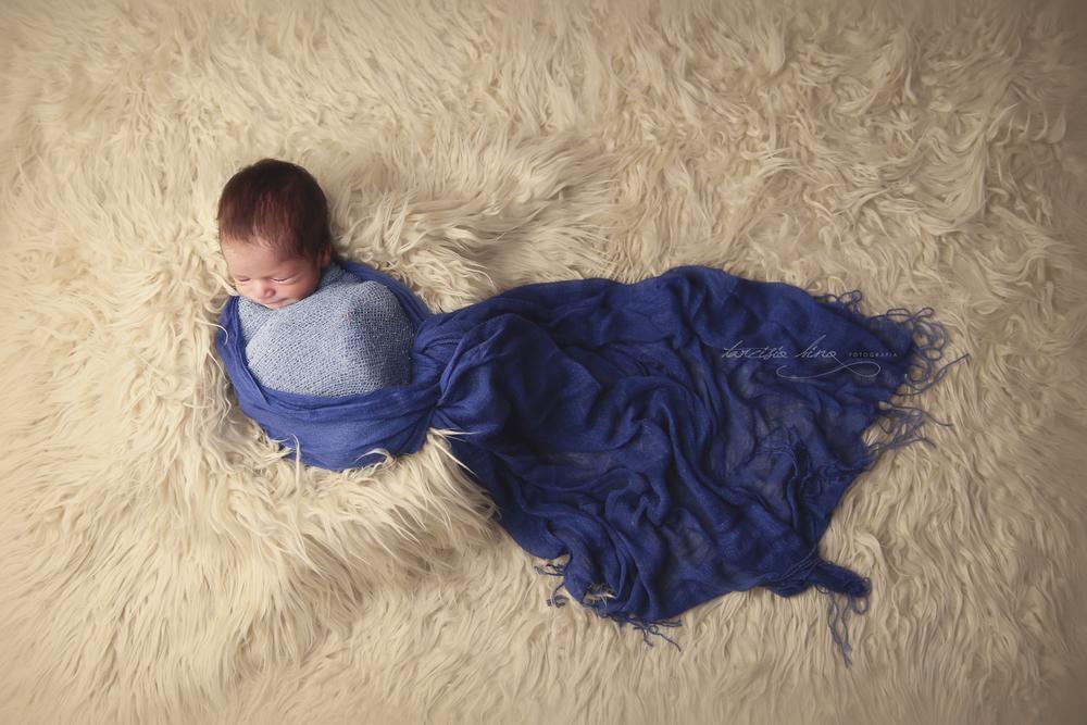 150408-Newborn-Davi-0022-final.jpg