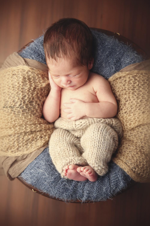 150408-Newborn-Davi-0162-final.jpg