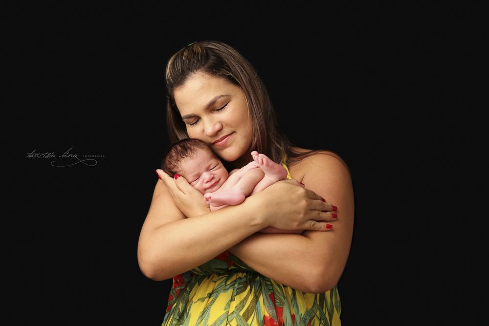 150408-Newborn-Davi-0303-final.jpg