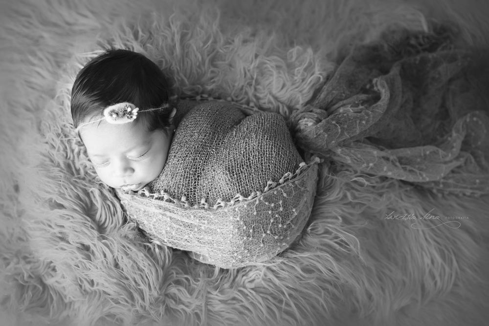 150419-Newborn-Sophie-0040-final-final.jpg