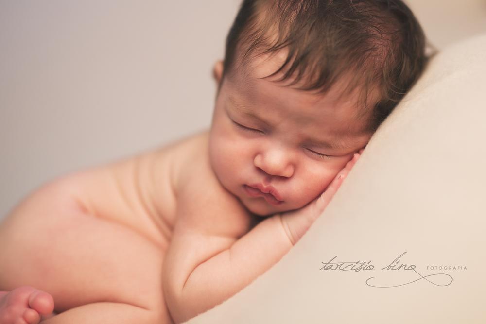150628-Newborn-Julia-0182-final-final.jpg
