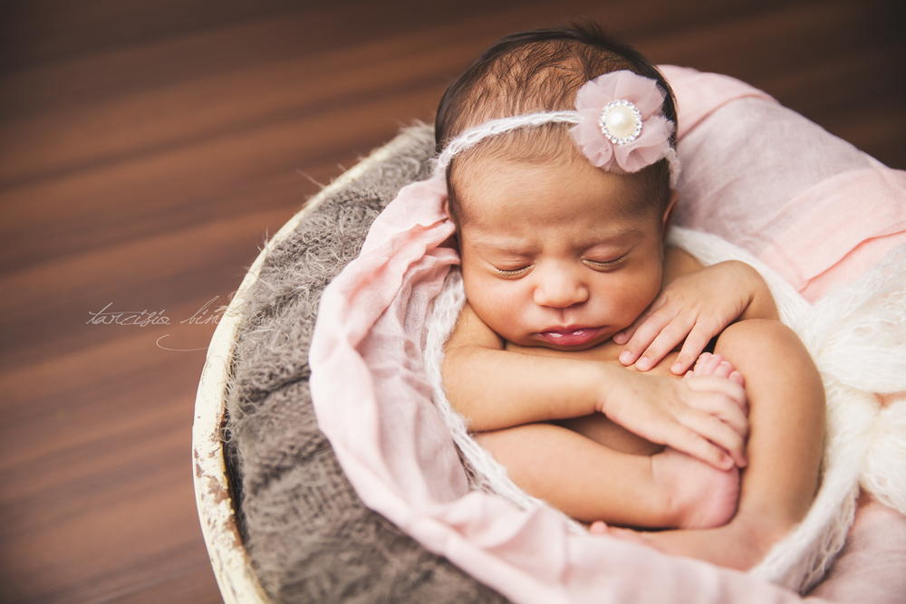 150705-Newborn-Adele-0121-final-final.jpg