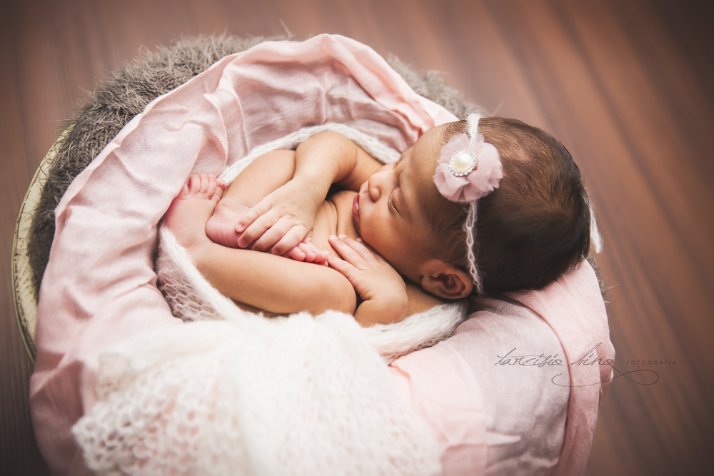 150705-Newborn-Adele-0125-final-final.jpg