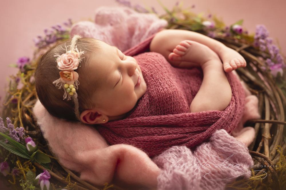 151115-Newborn-Julia-0030-final-final.jpg