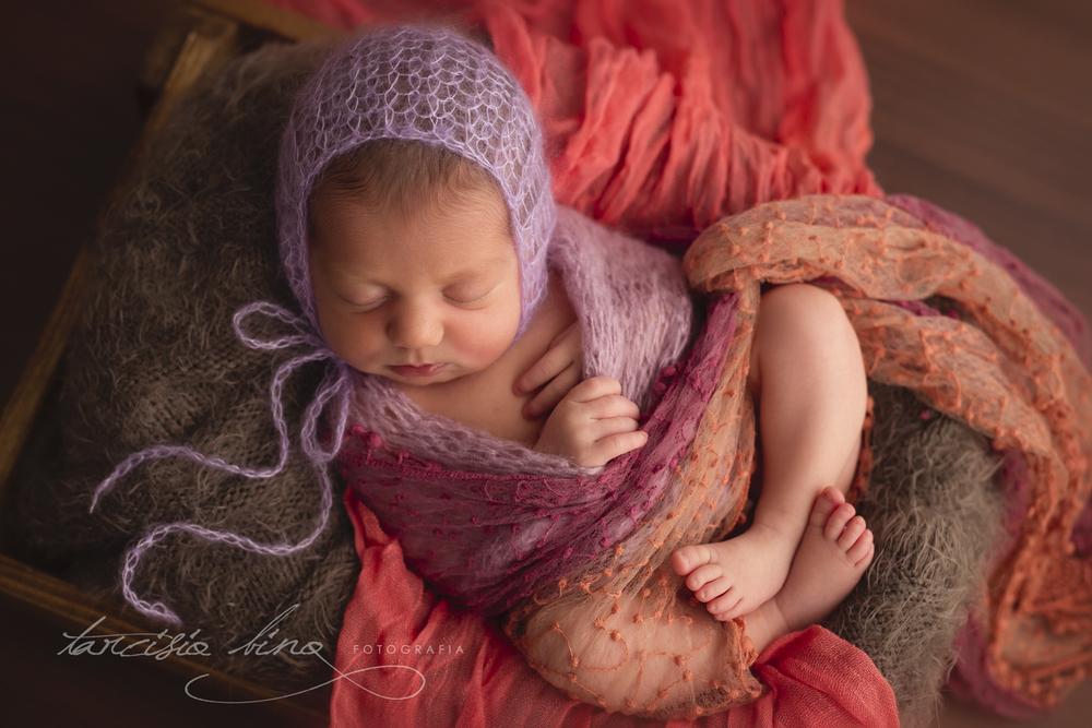 151115-Newborn-Julia-0317-final-final.jpg
