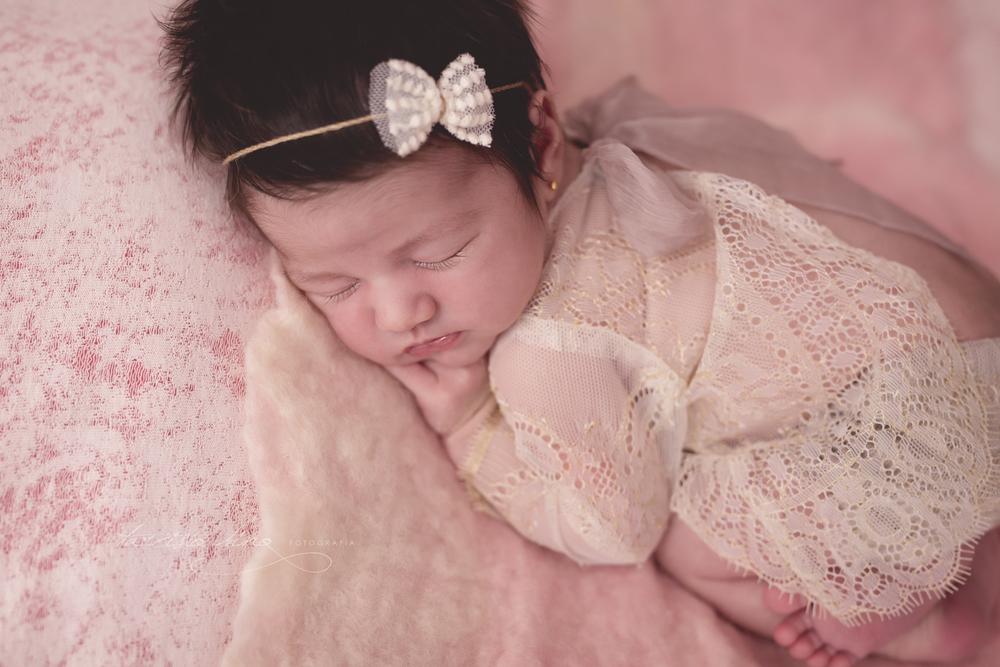Newborn-Laura-4.jpg