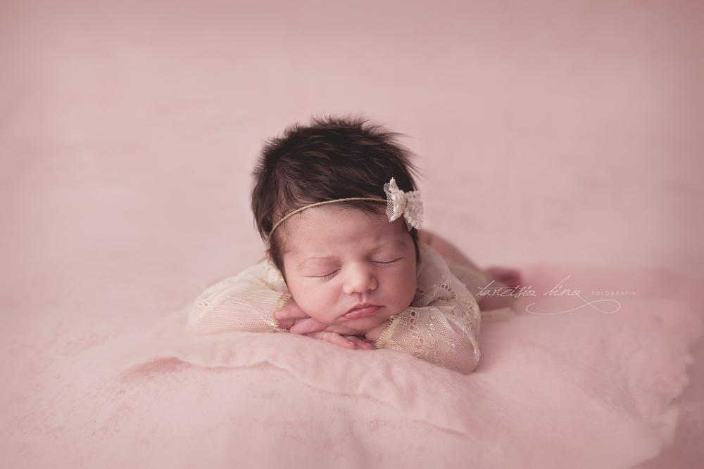 Newborn-Laura-8.jpg