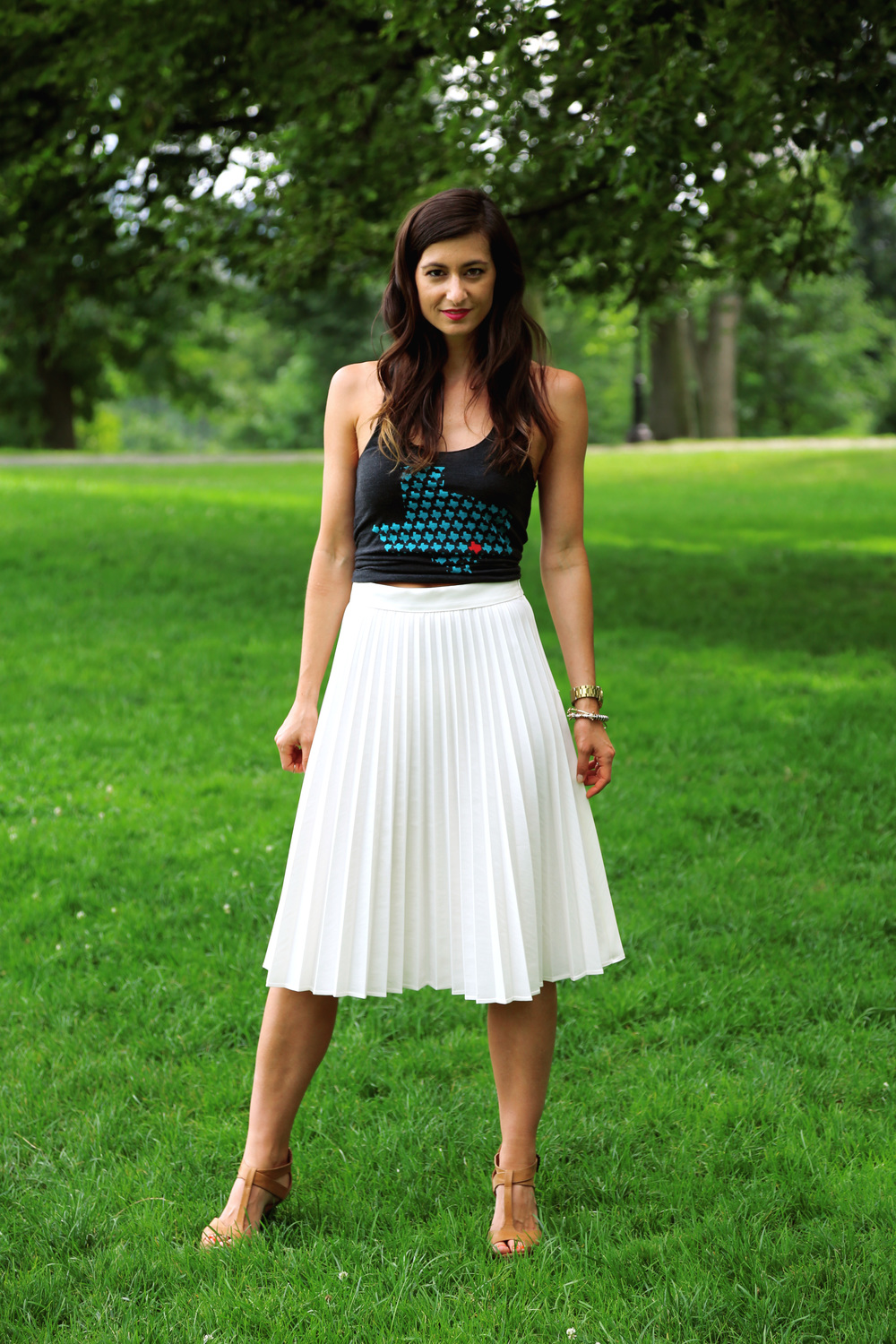Graphic Tee   Midi Skirt = Dressy Casual Perfection — Your Sunday Best