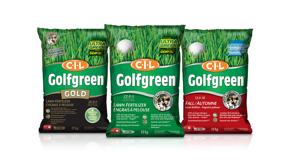 GolfGreen_LawnFertilizer_bag_group.jpg