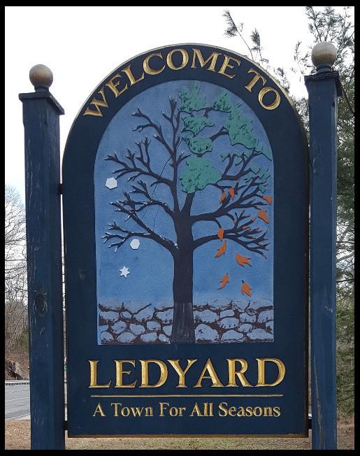 ledyard_town_sign.jpg