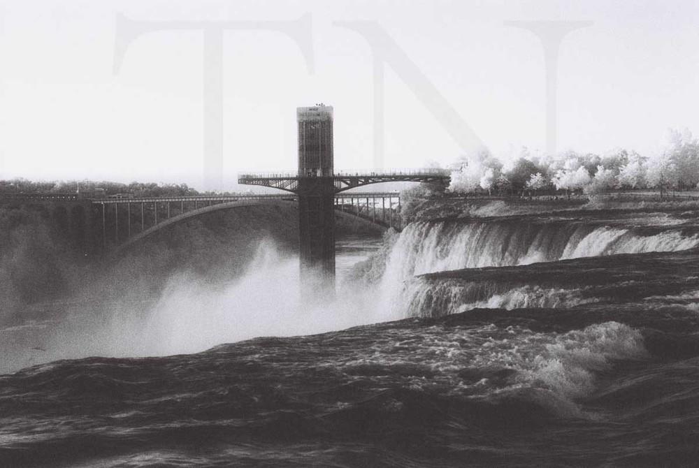 Infrared Niagra Falls.jpg
