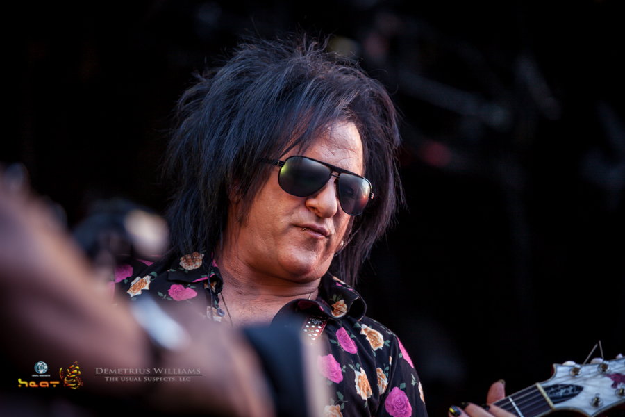 Billy Idol Lead guitarist Steve Stevens