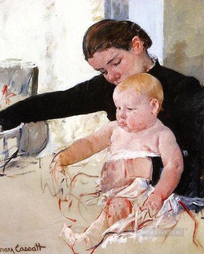 Bathing the Young Heir, Mart Cassatt