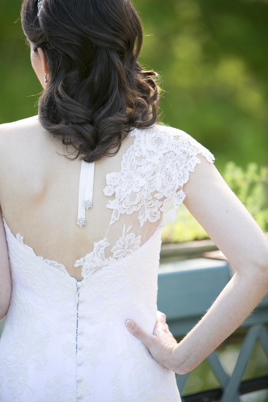 Riverview-Connecticut-Wedding-Bride-Dress-Detail