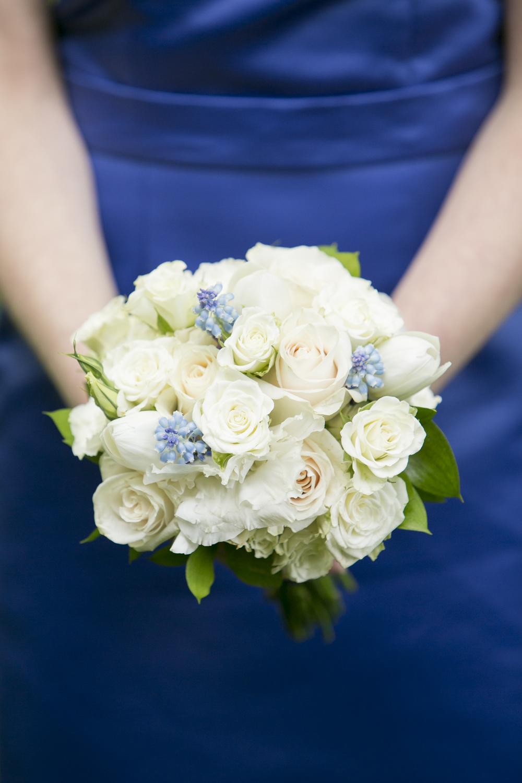 Riverview-Connecticut-Wedding-Bridesmaids-Bouquet-Blue-White