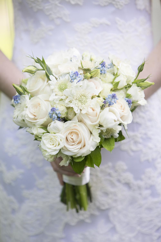 Riverview-Connecticut-Wedding-Bride-Bouquet