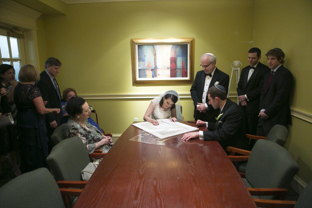 Riverview-Connecticut-Wedding-Bride-Groom-Ketubah-Signing